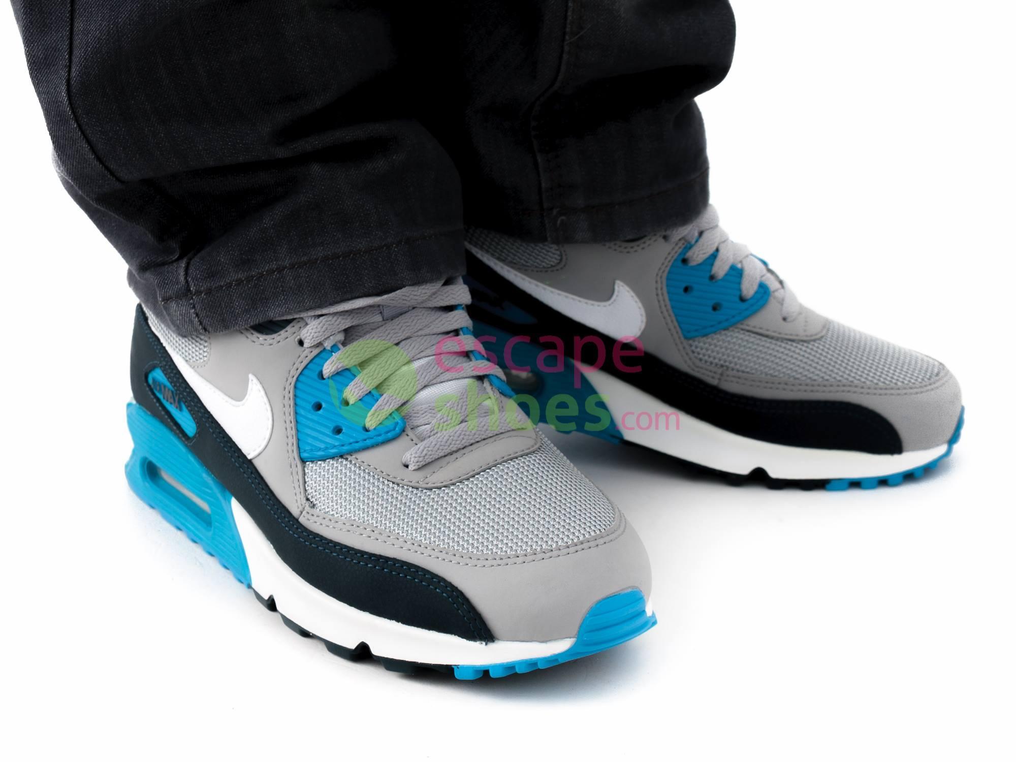 Tênis Nike Air Max 90 Essential