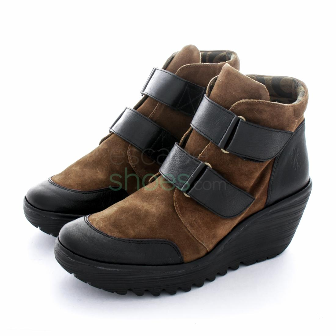 209f285c0cca8 Footwear / Ankle Boots · Botins FLY LONDON Yellow Yugo684 Black Camel  P500684012