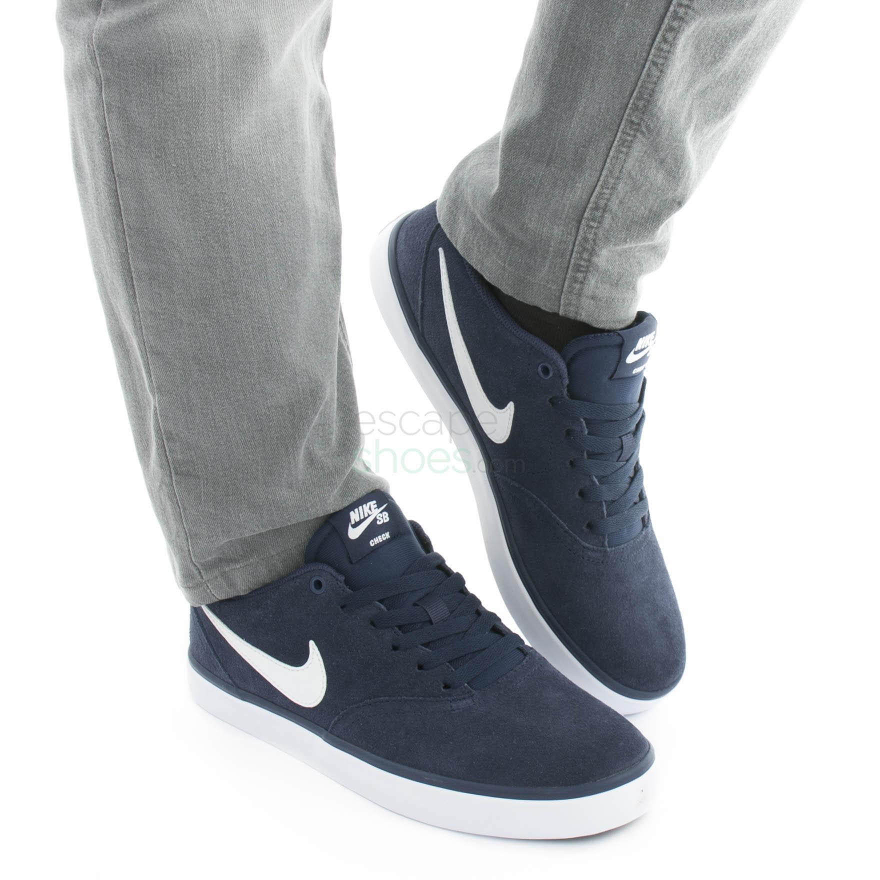 Condensar Estallar Día  Sneakers NIKE SB Check Solar Midnight Navy White 843895 400
