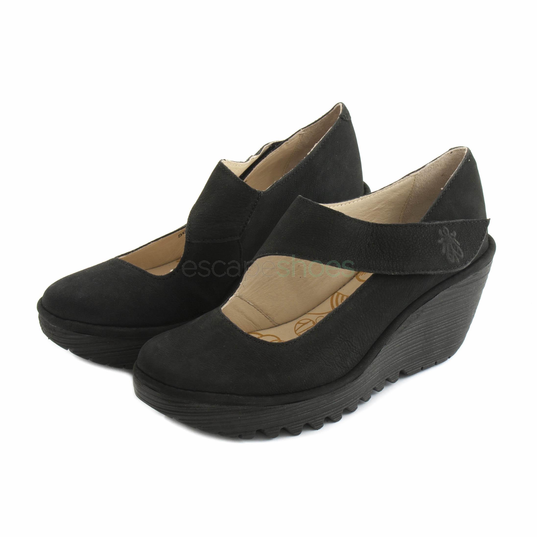 03c78142618 Compra aquí tus Zapatos FLY LONDON Yellow Yasi682 Cupido Negro ...