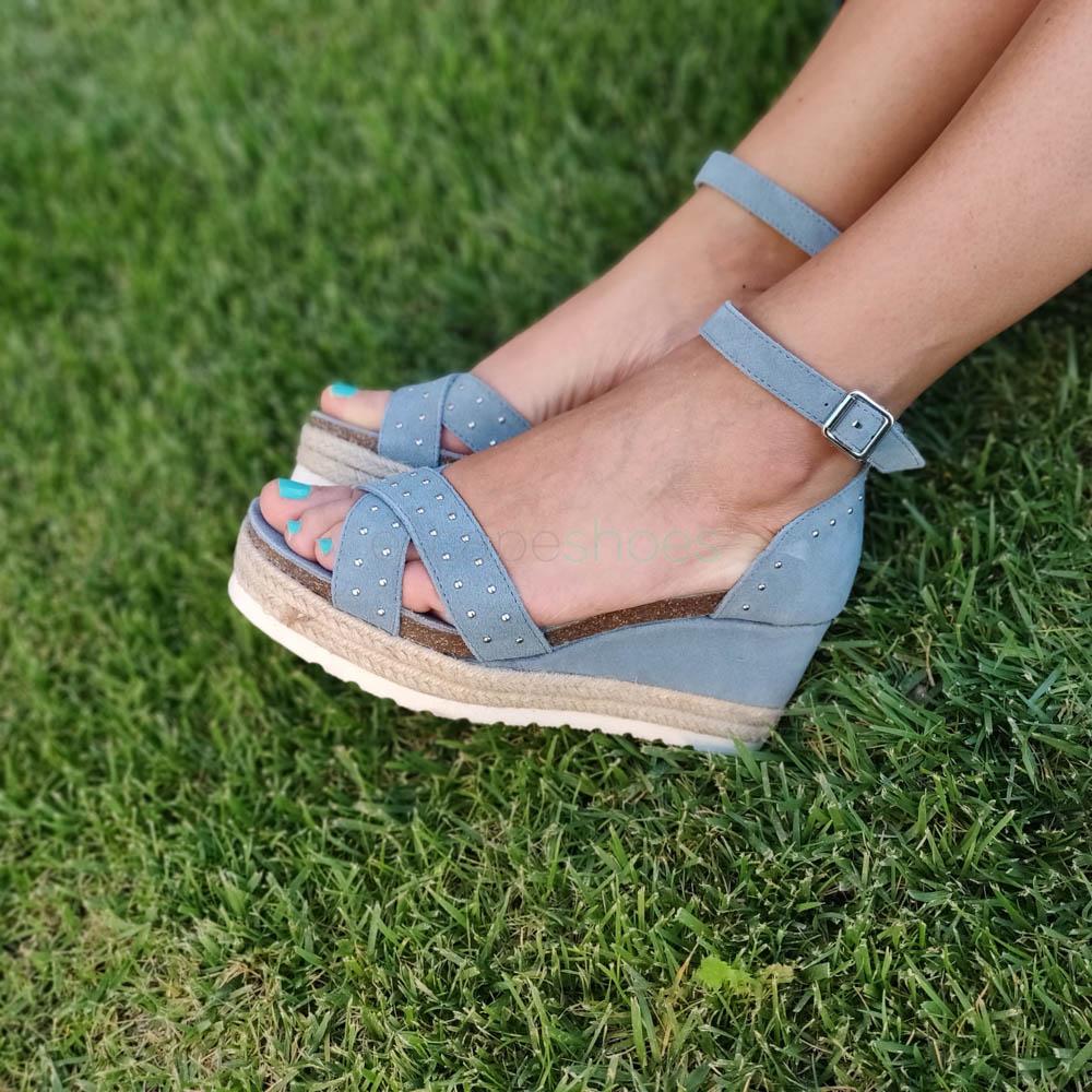 Las sandalias tipo Teva no solo prometen comodidad: son el