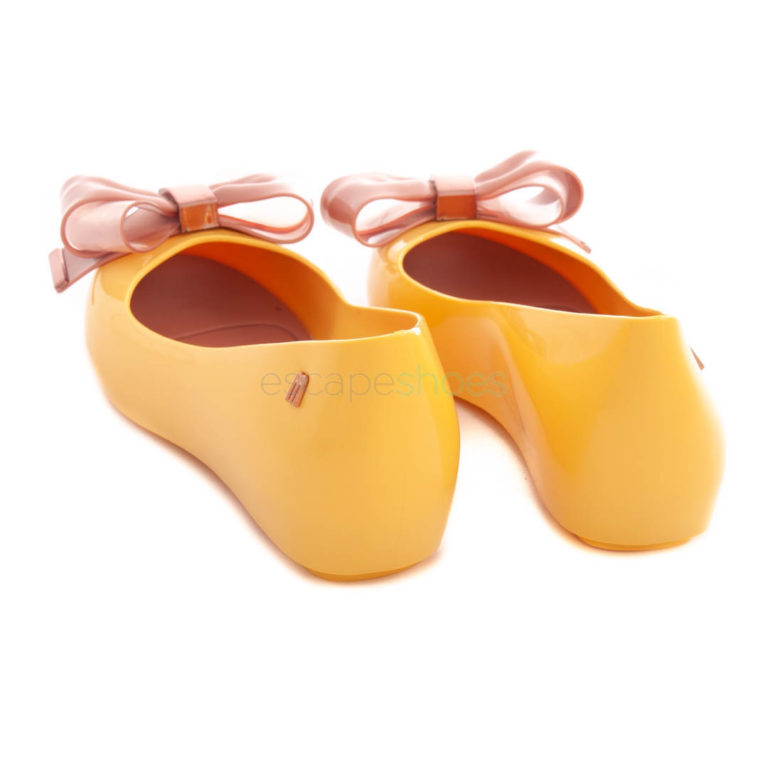 Flat Shoes MELISSA Ultragirl Sweet XVII Yellow