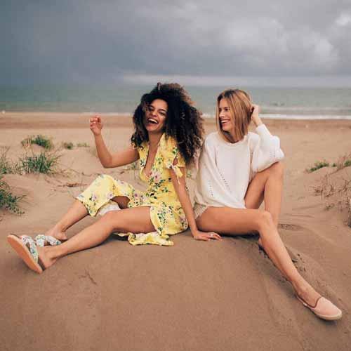 calçado de praia