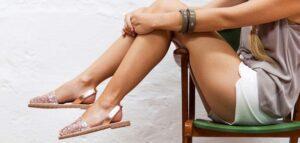 sandalias com tiras