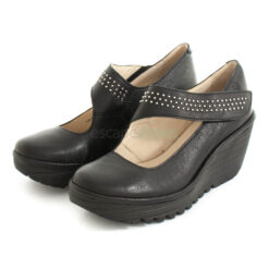 Shoes FLY LONDON Yellow Yasi682 Stud Black P501255000